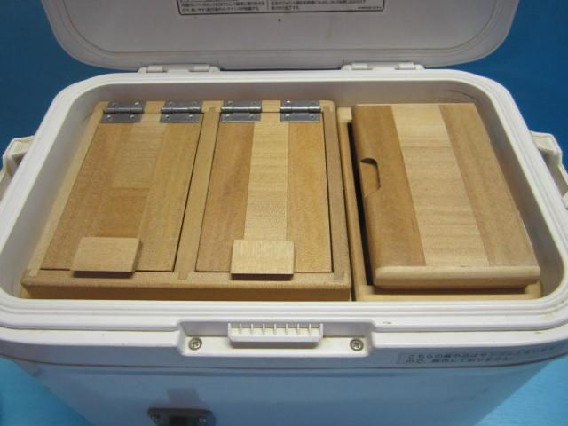 保存エサ箱の厚みを従来の45mmから55mmに仕様変更したセット品です。