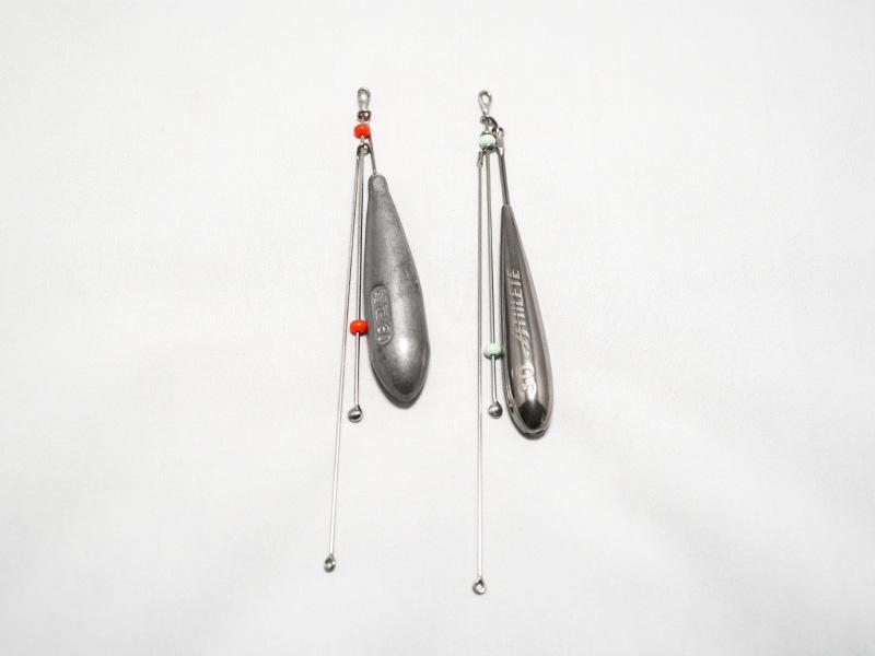 左)爆釣天秤+篭定必殺遠投新素材オモリ30号、右)爆釣天秤4プラス改+新製品のアスリート タングステン30号です。