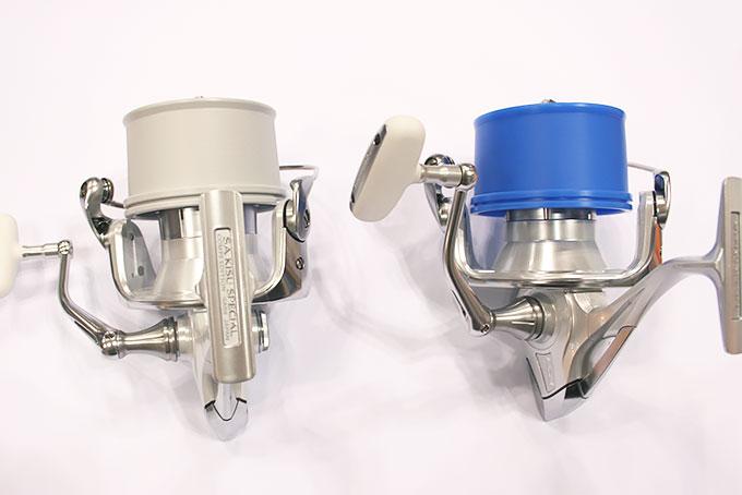 向かって右は2016スーパーエアロ キススペシャルに【P】スプールを装着し、左は2016スーパーエアロ キススペシャル コンペエディションに【L2】スプールを装着しました。